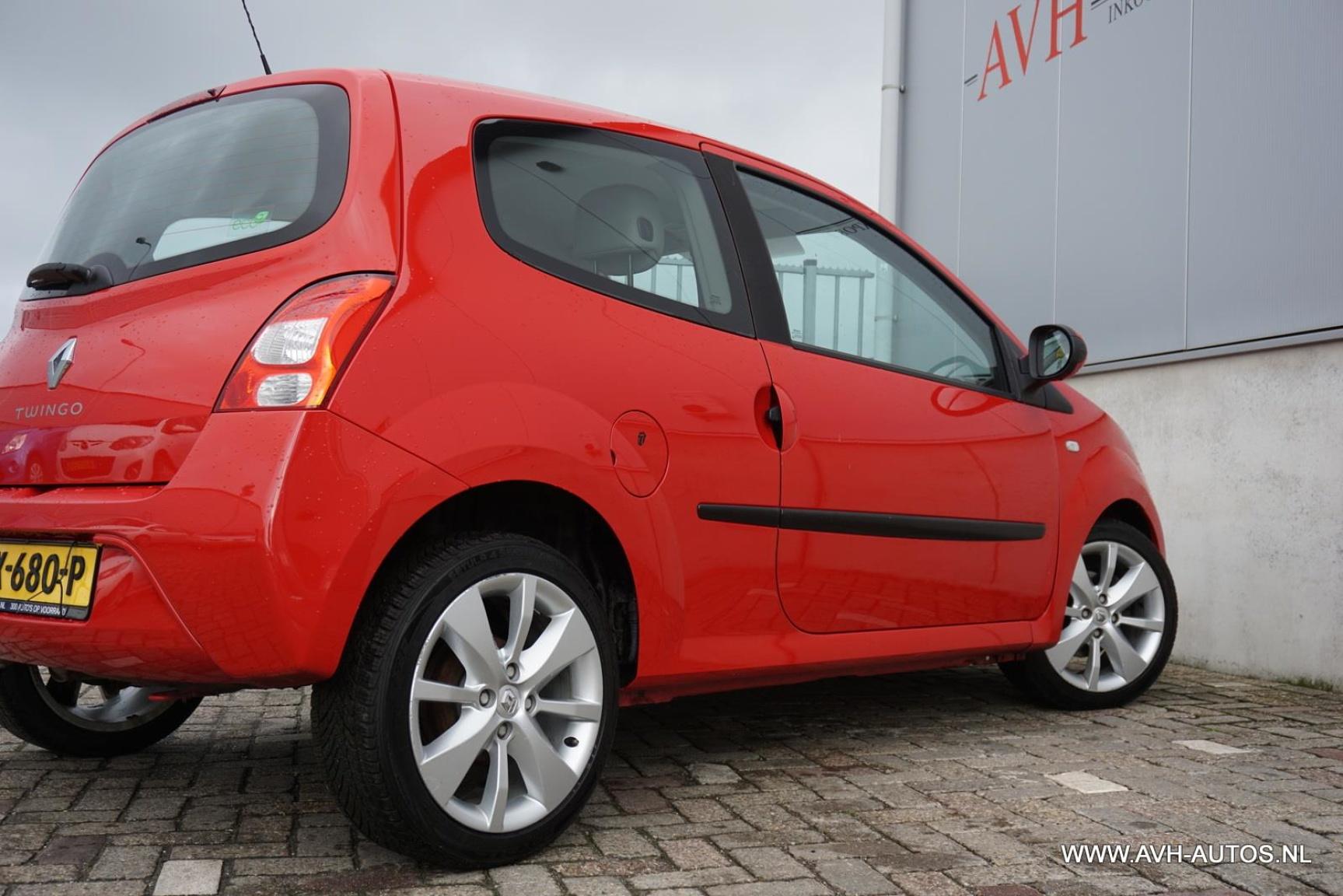 Renault-Twingo-10