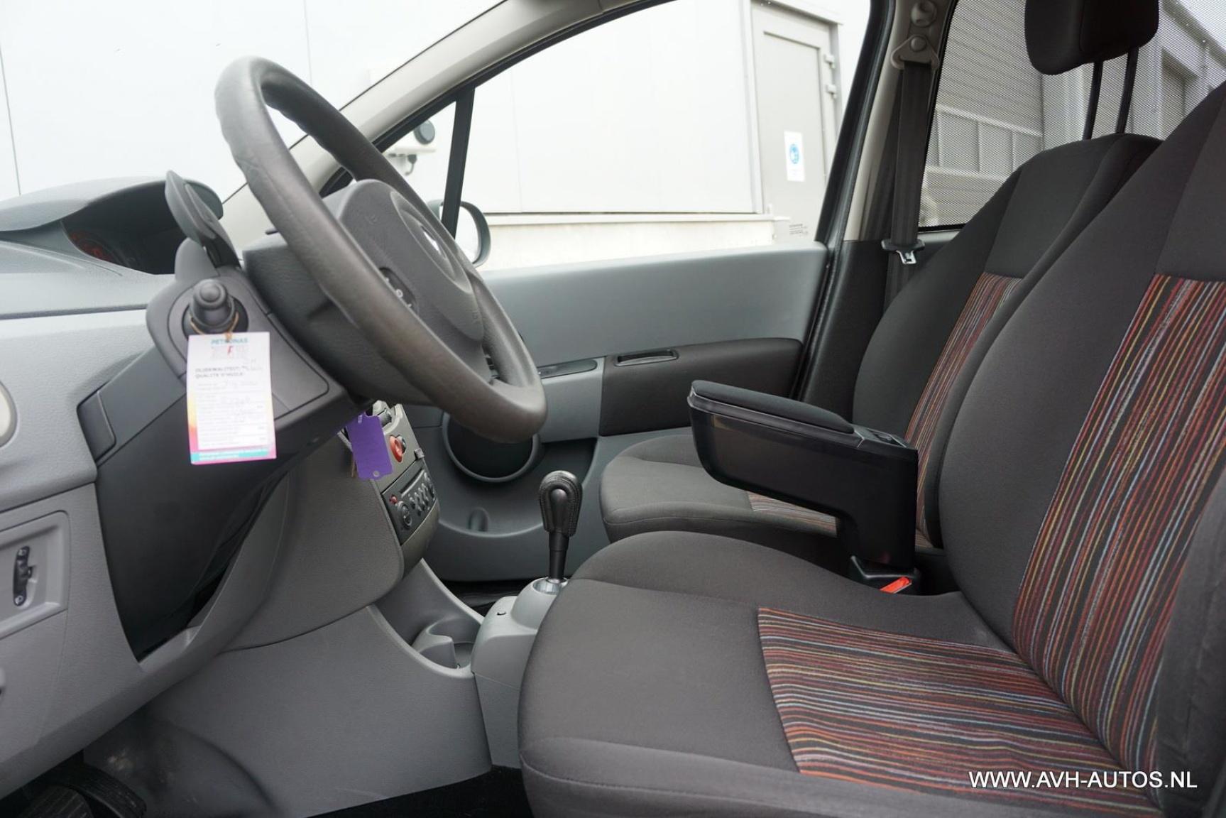 Renault-Grand Modus-5