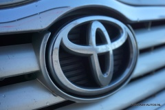 Toyota-Avensis-8