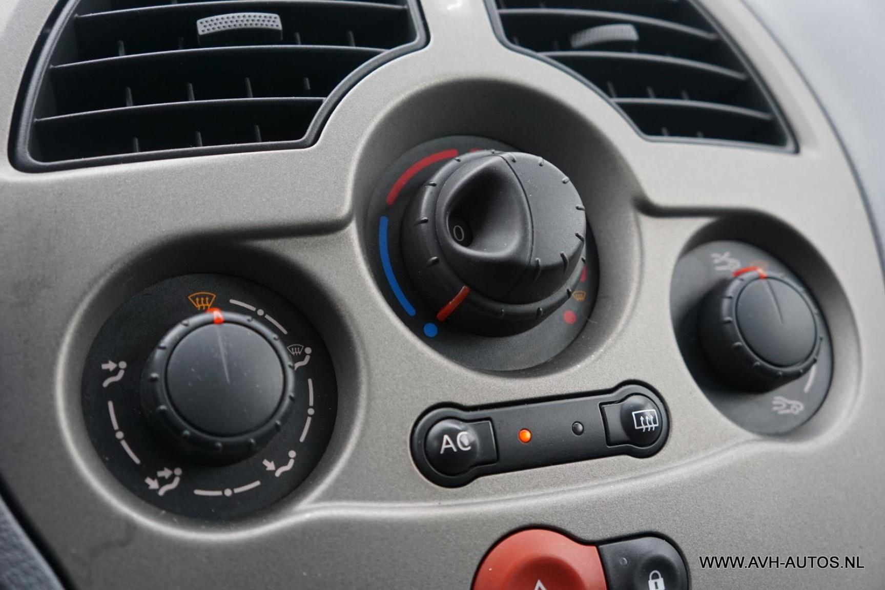 Renault-Grand Modus-13