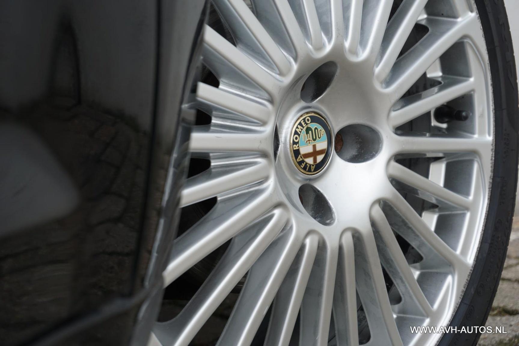 Alfa Romeo-MiTo-9
