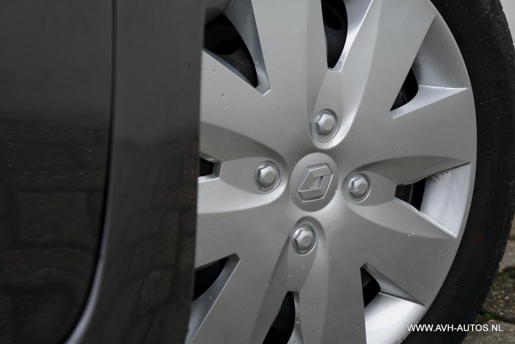 Renault-Grand Modus-9